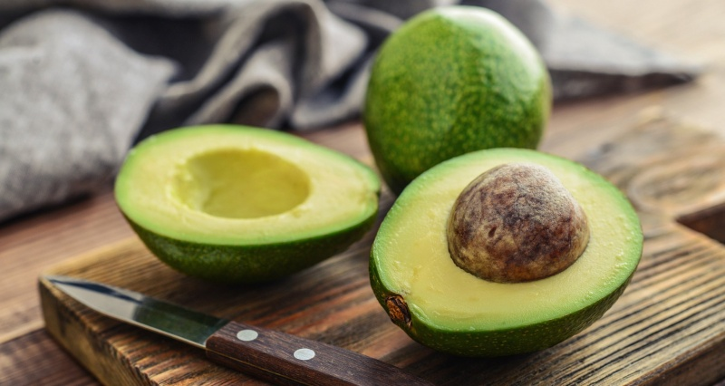 Oil synthesis in avocado stops when the fruit is harvested